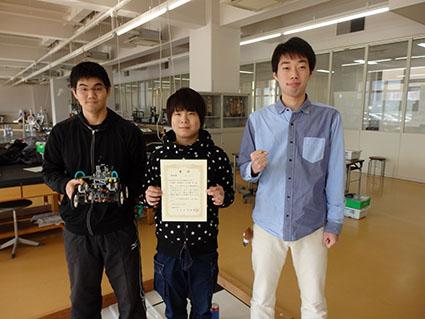 技術賞を獲得した機械創造工学科のチームです